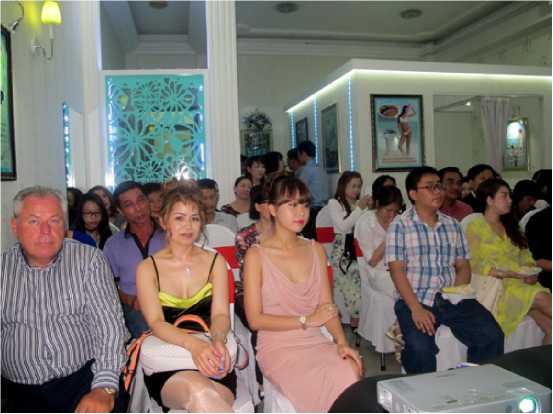 Đông đảo khách mời đã tham dự lễ chuyển nhượng độc quyền Shape Line tại Việt Nam