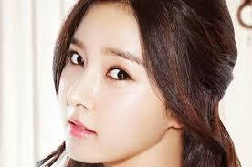 Đôi mắt đóng vai trò quan trọng trong tổng thể nét đẹp của gương mặt