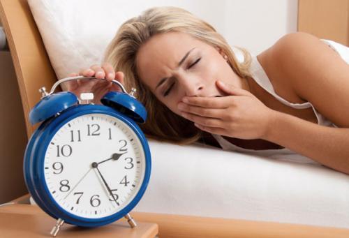 Thức khuya, ngủ không đủ giấc